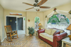841 W CALLE DEL REGALO, Green Valley, AZ 85614