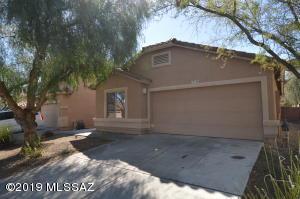 13194 E Mineta Ridge Drive, Vail, AZ 85641