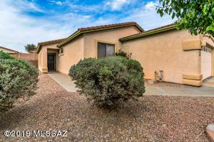 5544 W Crimson Bluff Drive, Marana, AZ 85658