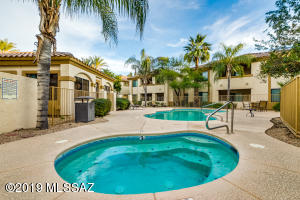 2550 E River Road, 20205, Tucson, AZ 85718