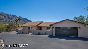 655 W Bangalor Drive, Oro Valley, AZ 85737