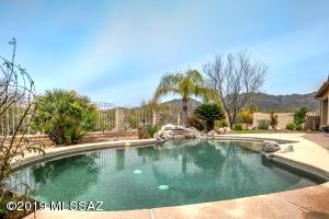 4901 N Sabino Valley Place, Tucson, AZ 85750