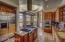 Kitchen w/nook