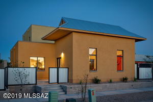 650 S Mordasini Place, Tucson, AZ 85701