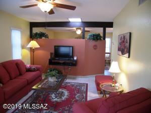 Beautifully furnished. Ceramic tile floors. Ceiling fans.