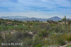 6159 N Campo Abierto, Tucson, AZ 85718