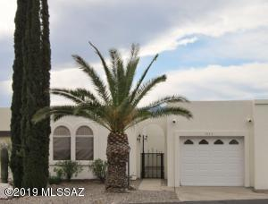 1037 S Paseo Del Prado, Green Valley, AZ 85614