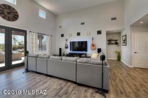 13820 E Sage Hills Drive, Vail, AZ 85641