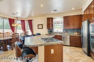 2330 E Prince Road, Tucson, AZ 85719