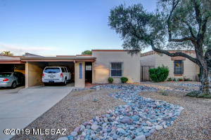 Property for sale at 2440 N Sahuara Avenue, Tucson,  AZ 85712