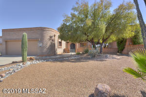 1173 W Camino De La Oca, Green Valley, AZ 85622