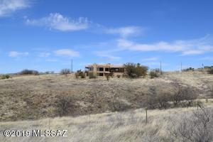 7 Lado De Loma Drive, Nogales, AZ 85621