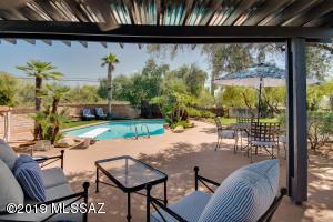 5330 N Calle La Cima, Tucson, AZ 85718