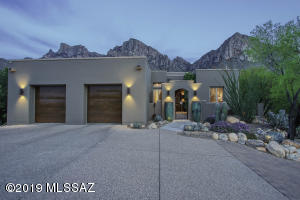 10250 N Cliff Dweller Place, Oro Valley, AZ 85737