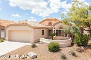 14215 N Trade Winds Way, Oro Valley, AZ 85755