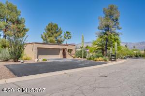 2561 N Avenida San Valle, Tucson, AZ 85715