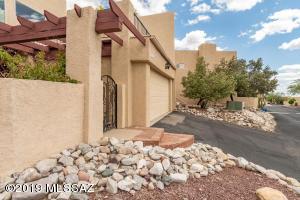 6354 N Camino Los Mochis, Tucson, AZ 85718