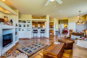755 W Vistoso Highlands Place, 207, Oro Valley, AZ 85755