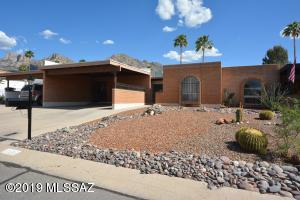33 W Valle Place, Oro Valley, AZ 85737
