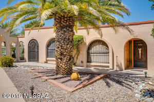 1053 S Calle De Las Casitas, Green Valley, AZ 85614