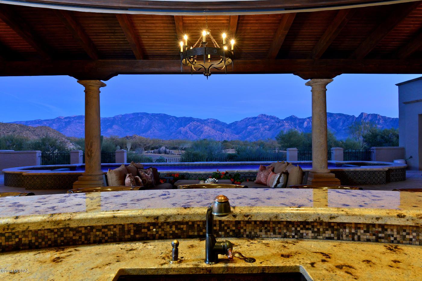 Photo of 14292 N Giant Saguaro Place, Oro Valley, AZ 85755