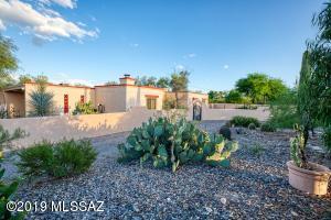6208 N Placita Pomona, Tucson, AZ 85704