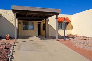904 S Clara Vista Circle, Green Valley, AZ 85614