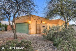 2143 E 10Th Street, Tucson, AZ 85719