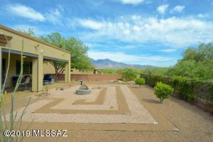 2149 W Escondido Canyon Drive, Green Valley, AZ 85622