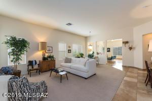 13489 N Holly Grape Drive, Marana, AZ 85658