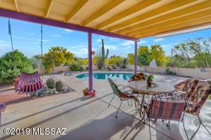 5000 E River Road, Tucson, AZ 85718