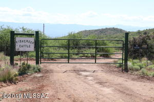 Main Gate to property - 480 Acres