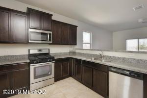 11548 W Fayes Glen Drive, Marana, AZ 85653