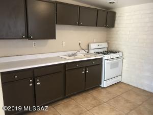 5737 E 24th Street, Tucson, AZ 85711
