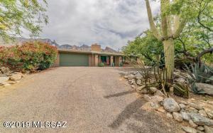 3863 E Mount Kimball Place, Tucson, AZ 85718