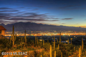 4740 W Crestview Circle, Tucson, AZ 85745