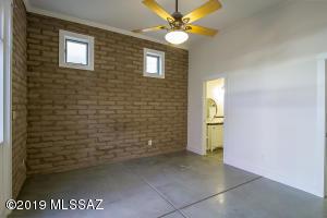 762 S 9Th Avenue, Tucson, AZ 85701
