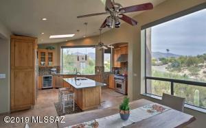361 E Yvon Drive, Tucson, AZ 85704