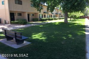 1318 S Avenida Polar, F-105, Tucson, AZ 85710