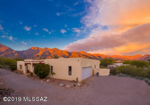 5700 N Paseo Otono, Tucson, AZ 85750