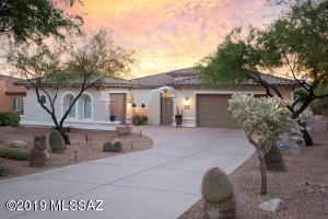 2,416sf 3BR/2BA single-story home