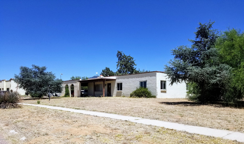Photo of 529 Kino Springs Drive, Nogales, AZ 85621