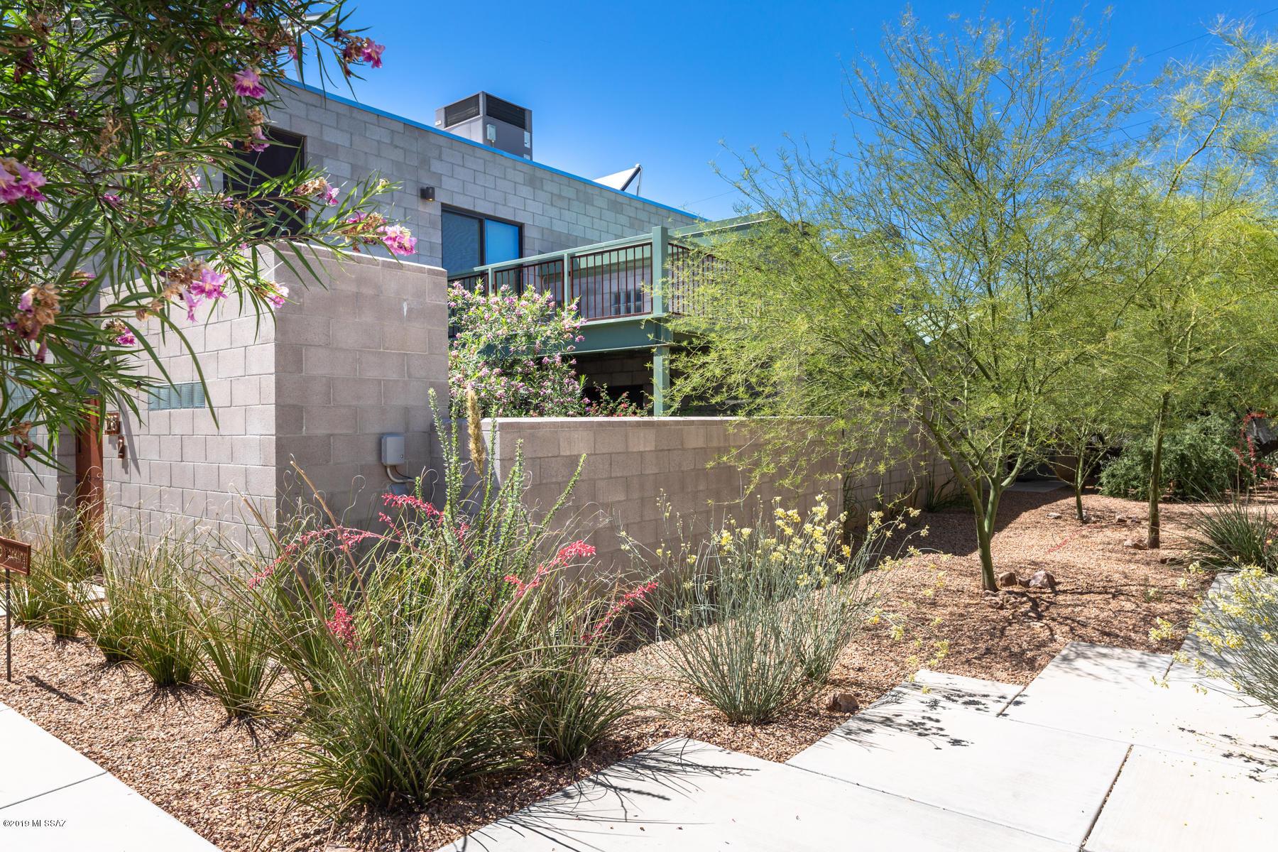 Photo of 1218 E Glenn Street, Tucson, AZ 85719