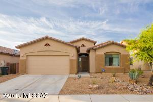 9139 S Whispering Pine Drive, Tucson, AZ 85756