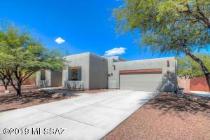 9441 S San Esteban Drive, Vail, AZ 85641