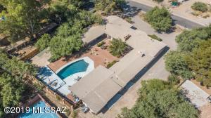 6417 E Santa Aurelia Street, Tucson, AZ 85715