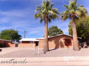 1849 S Augusta Circle, Tucson, AZ 85710