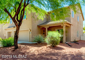 21097 E Prospector Place, Red Rock, AZ 85145