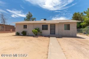 3034 E Coconino Vista, Tucson, AZ 85713