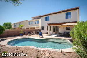 Cool off this summer with your own private pool !!!